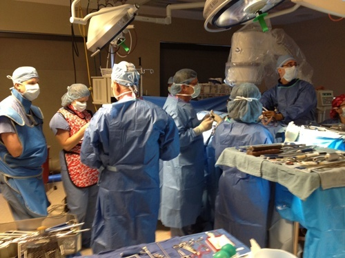 On February 8, The BACK Center hosted the Medtronic OLIF team, Dr. Mobasser and Dr. Cowan for a special training lab.